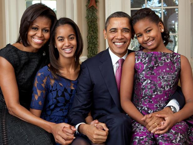 obama_family_portrait_2011.jpg