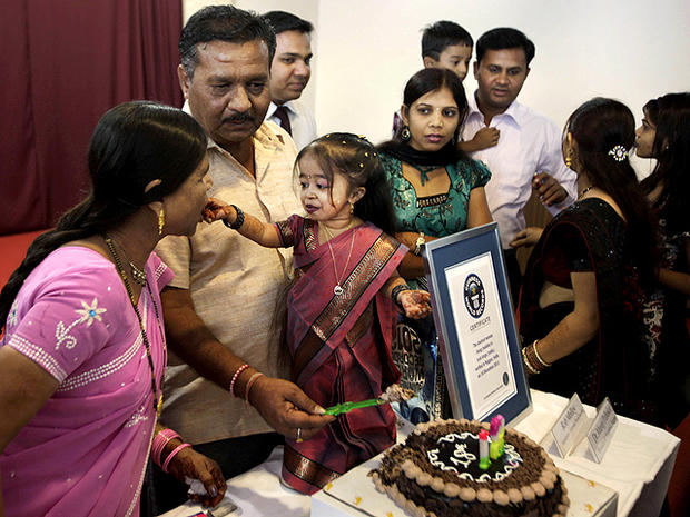 2-foot tall Indian woman named world's shortest