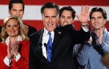 Romney congratulates Santorum, Paul