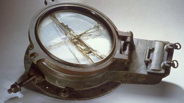 Titanic artifacts up for auction
