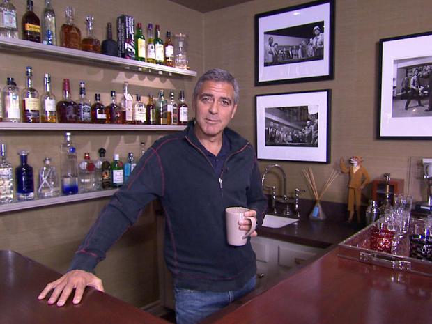 032G-Clooney-bar.jpg