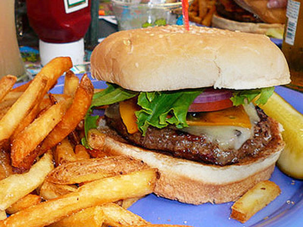 5-CheeseburgerParadise.jpg