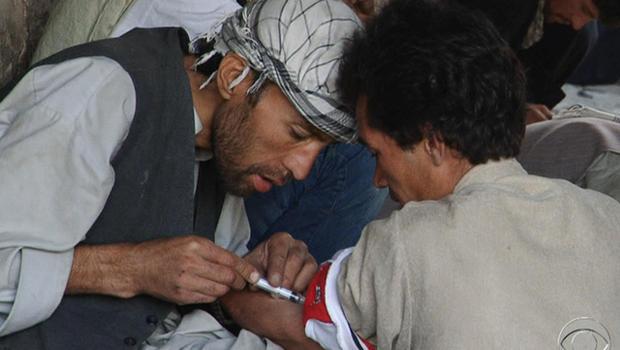 120216-Afghanistan-drug_users.jpg