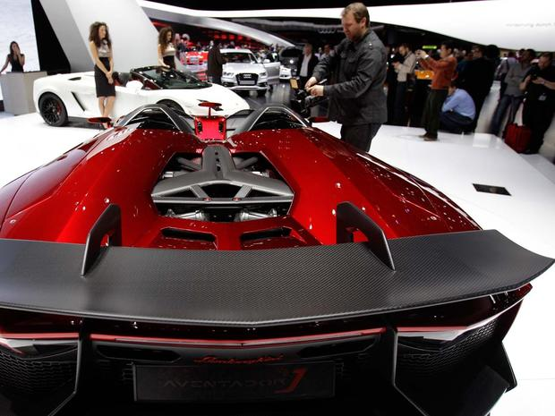 Sexy cars at the Geneva Motor Show