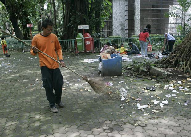 SurabayaZoo_tAP120307061461.jpg