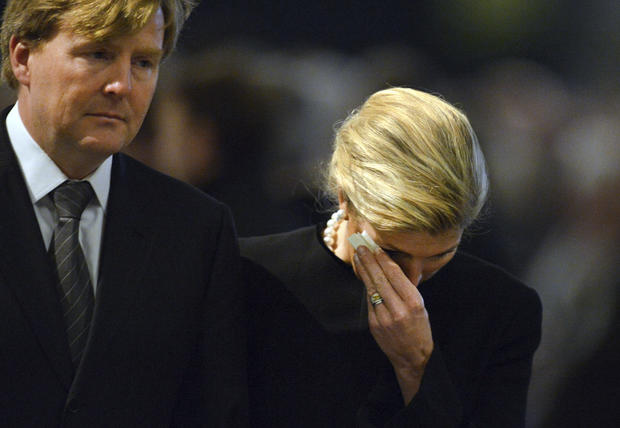 Royals mourn bus-crash victims