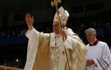 Pope Benedict urges Cubans to reinvigorate their faith