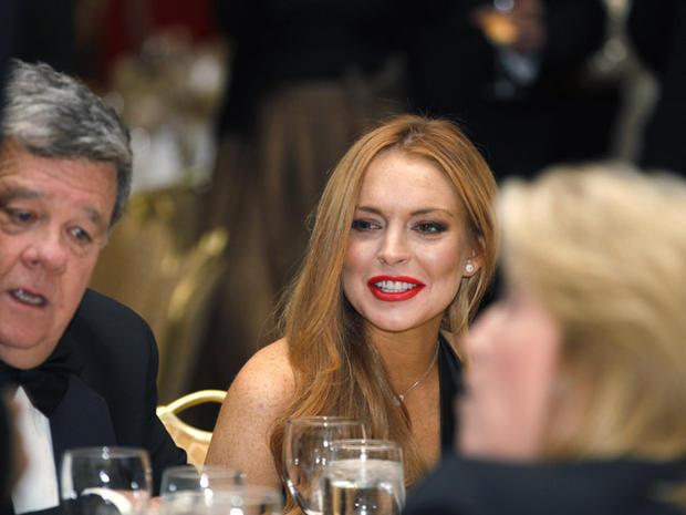 120428-Lindsay_Lohan-AP12042802133.jpg