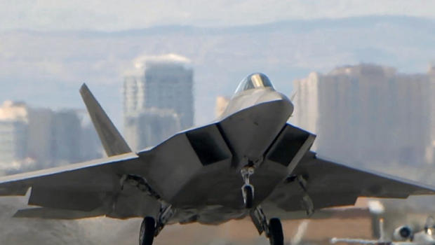1994: The F-22 controversy begins