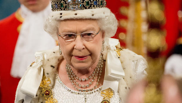 Queen Elizabeth opens new session of Parliament