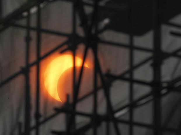 eclipse_AP1205210956.jpg