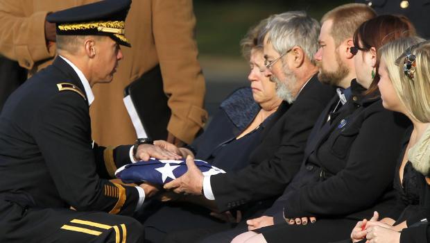 military_funeral_t130986466.jpg