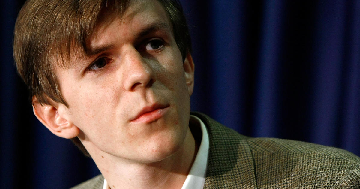 conservative activist james o keefe exposes possible