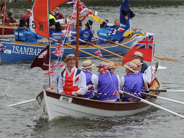 Festive scene on Thames for queen's Jubilee