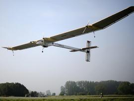 Solar Impulse in flight