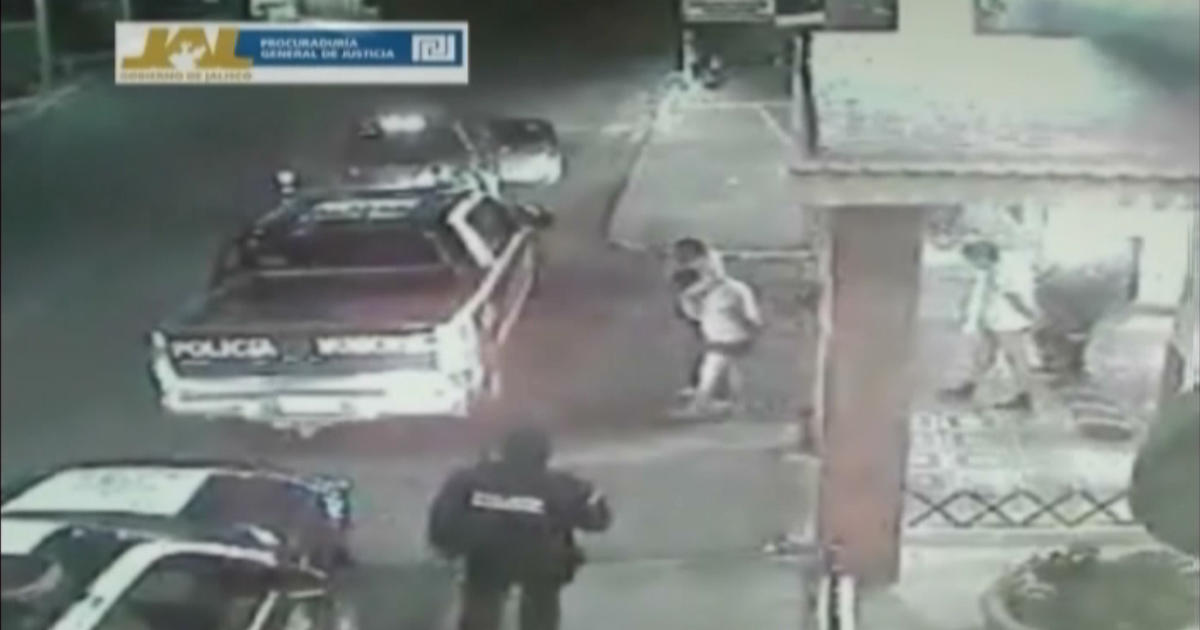 Kidnapping by Mexican police caught on video