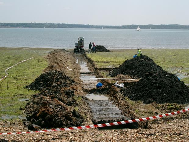 Excavation_of_Trench_1_at_Lepe.JPG