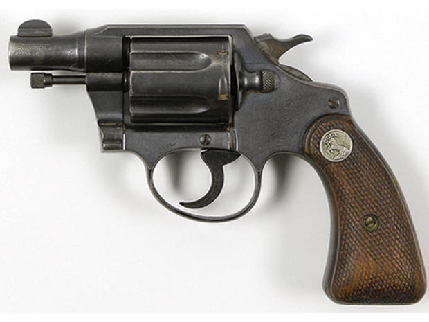 Bonnie and Clyde's guns auctioned for $504K - Photo 1