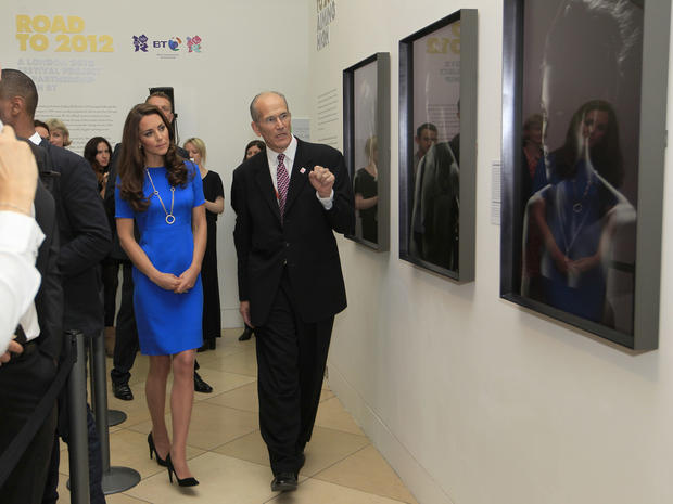 Duchess Kate at Olympic art exhibit