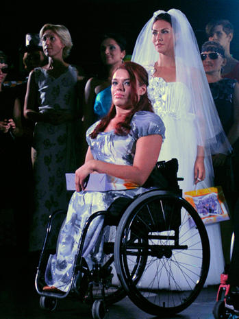 Fashion show spotlights disabled models