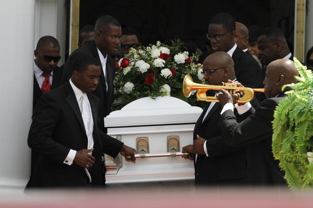 Kile Glover, Usher's stepson, laid to rest - Photo 1 ...