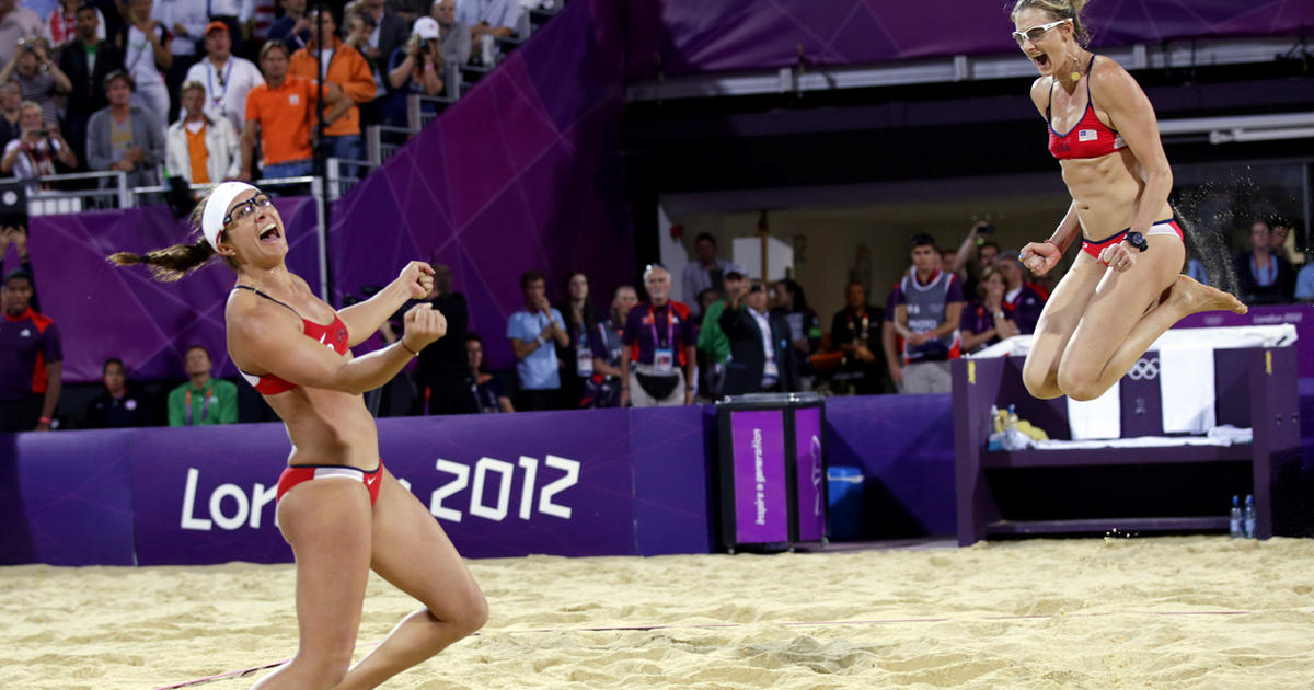 beach volleyball essay Free essay: ashley lechleidner-rodriguez english composition 1101 september 30, 2011 illustration/compare-contrast indoor and beach volleyball have gained.