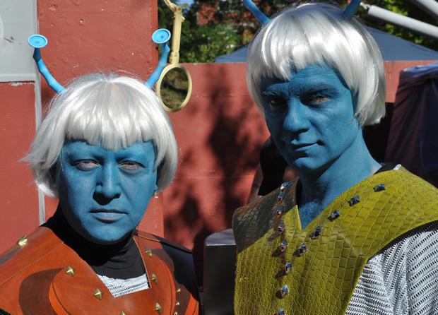 Trek_Kaebel_and_Jaime_as_Andorians.jpg