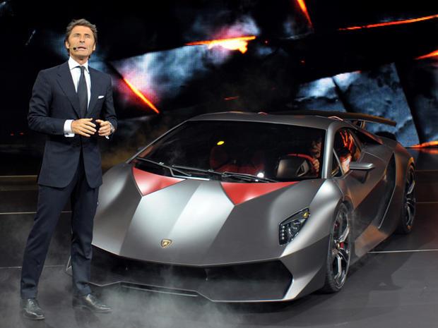 Lamborghini-Sesto-Elemento-Stephan-Winkelmann.jpg