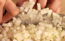 Knife skills: How to chop onion and garlic