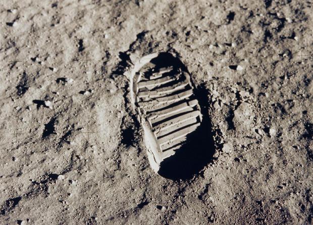 lunar_footprint.jpg