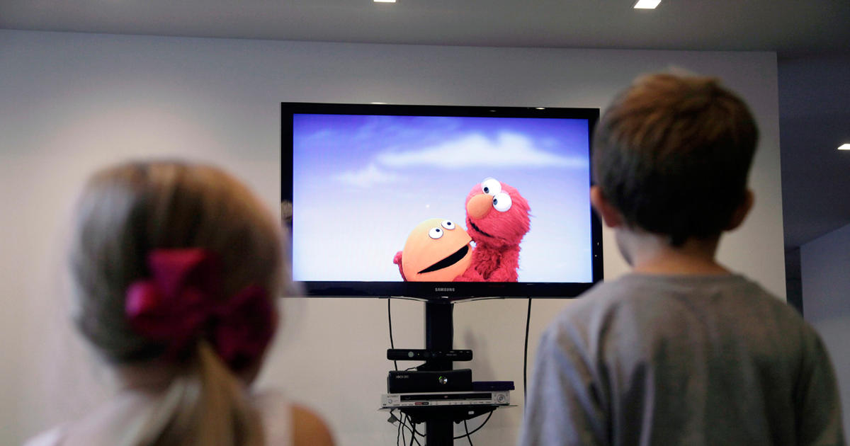 educational benefits of television for children Children's television workshop, which produces sesame street and other educational programs for public television, commissioned the study, which was financed by a grant from the john t and catherine d macarthur foundation drs wright and huston were chosen because they had done a similar study in 1980-83 in topeka.