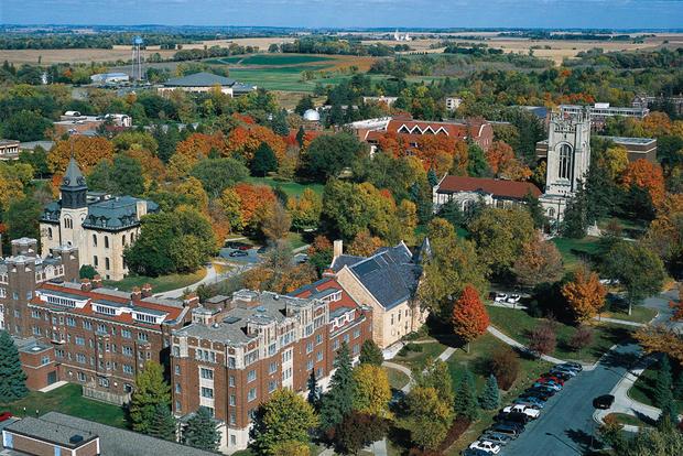 Carleton_College_Aerial.jpg