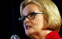 Akin likens opponent McCaskill to a dog