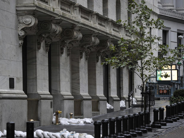Wall-Street-readies-for-a-superstorm.jpg