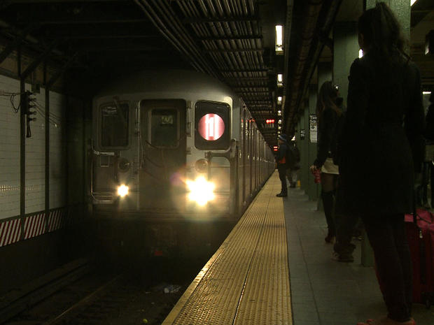 mta_new_york_city_transit_subway_in_station_fullwidth.jpg