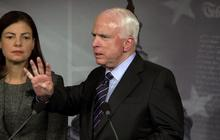 """McCain scolds reporter for """"one of the dumbest questions I've ever heard"""""""
