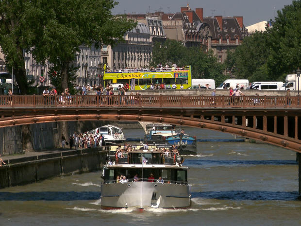 McCullough_Seine_River_1.jpg