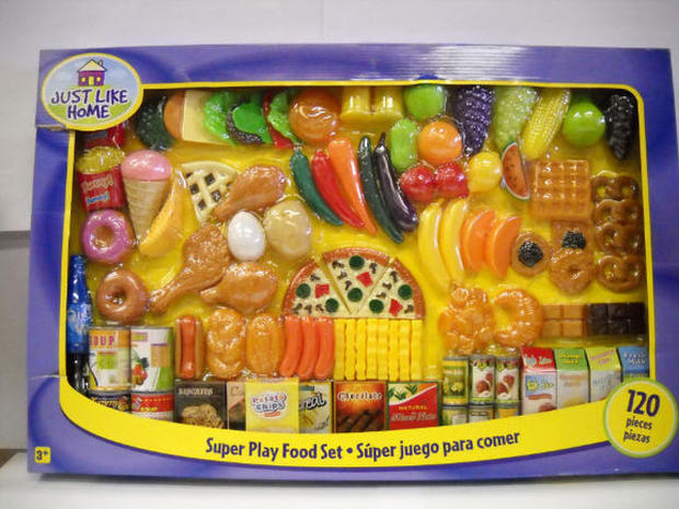 Toys R Us Food : Super play food set choking quot trouble in toyland