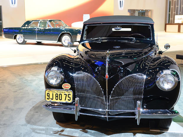 1940-Lincoln-Continental-Cabriolet.jpg