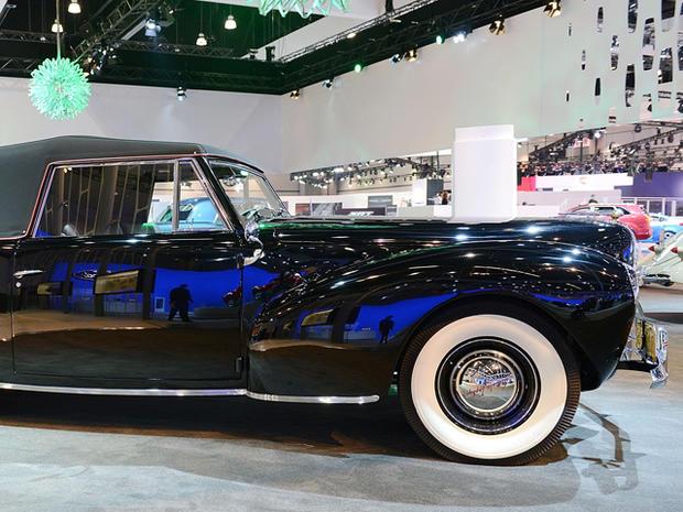 1940-Lincoln-Continental-Cabriolet_1.jpg