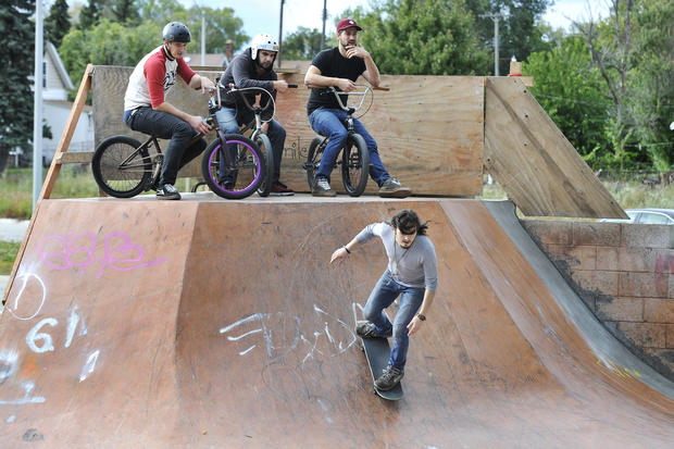 Artists build skateboard park in Detroit