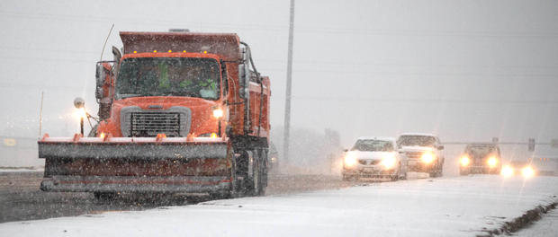 Dangerous weather hits Midwest