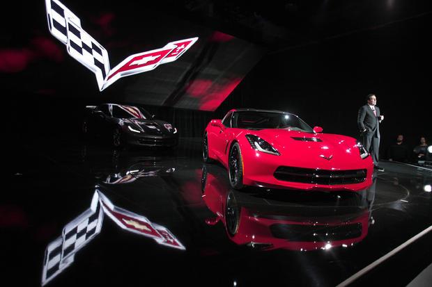 03-Chevy-2013Corvette.jpg