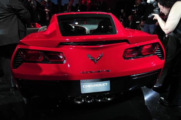 21-Chevy-2013Corvette.jpg