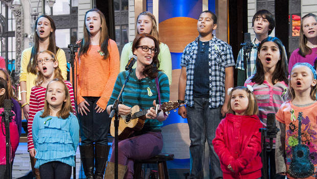 "Ingrid Michaelson accompanied by children from Newtown, Conn. and Sandy Hook Elementary school perform ""Somewhere Over the Rainbow"" on ABC's ""Good Morning America"" on Tuesday, Jan. 15, 2013 in New York."