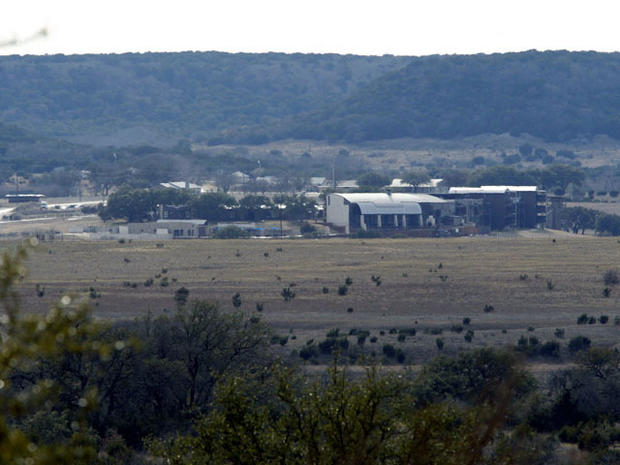Ex-Navy SEAL fatally shot on Texas gun range