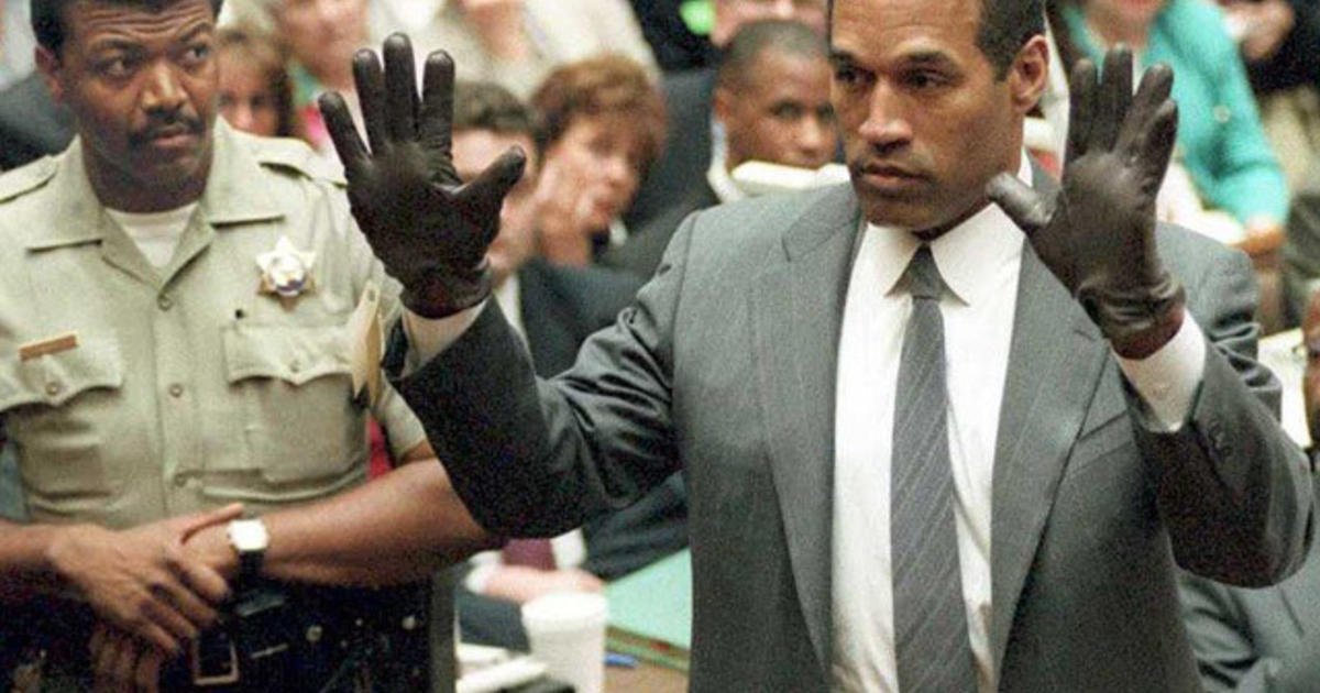 Details on infamous oj simpson glove revealed in new for O j simpson documentary 2016