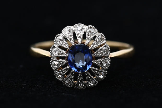Sapphire_and_Diamond_Ring.jpg