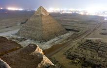 Photogs climb Great Pyramid of Giza for unique view