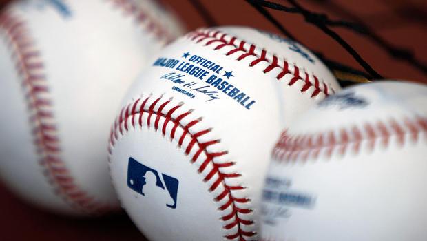 baseballs_86018249.jpg